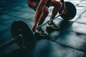 deadlift musculation barre salle de sport